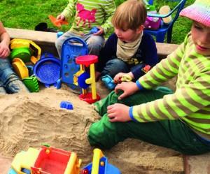 Spielen im Sandkasten